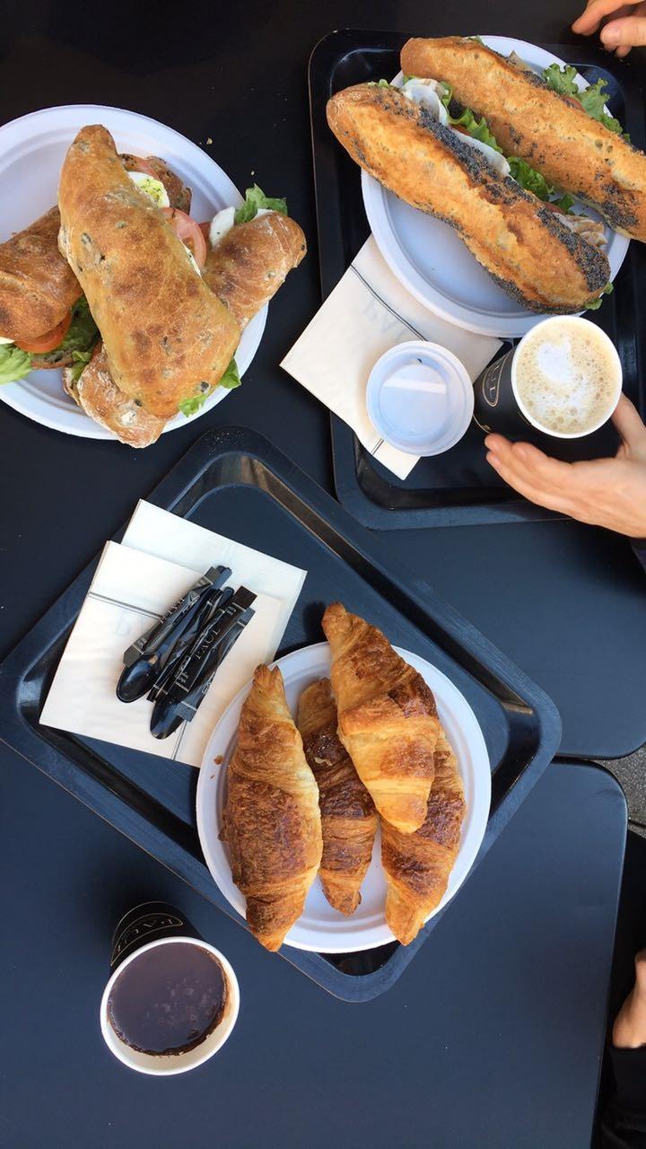 breakfast-food-baguette-croissants-france-frankreich-straßburg-strasbourg