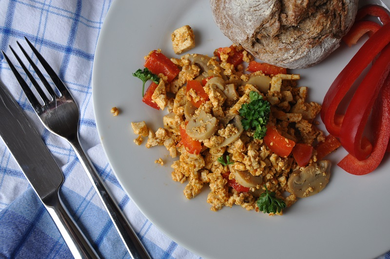 tofu-vegan-scramble-recipe-rezept-food-essen-vegetarisch